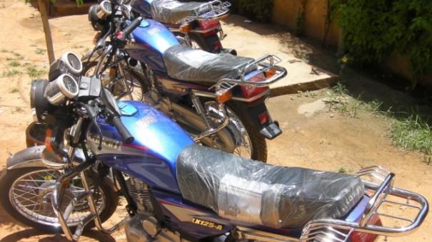 Les trois nouvelles motos de Lydia Ludic Niger
