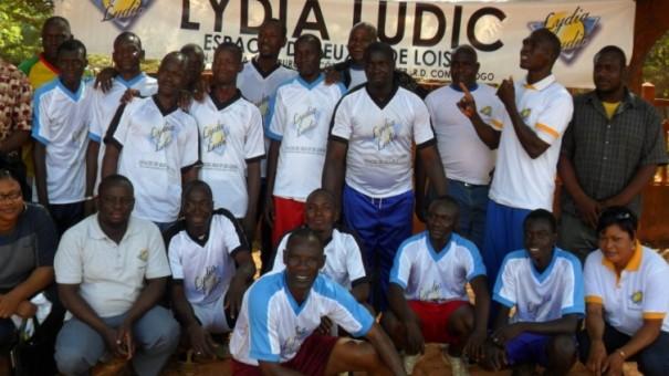 Les agents Lydia Ludic au match de football organisé par la mutuelle Wassa