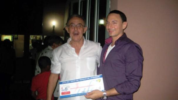 L'heureux gagnant du Loto de l'UFE illustre sa surprise