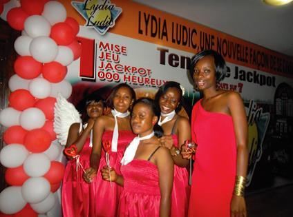 Les agents Lydia Ludic prêtes pour célébrer la Saint-Valentin