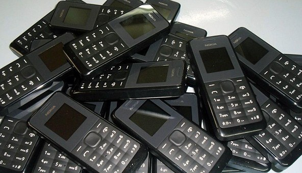 Lydia Ludic Burkina Faso renouvelle les téléphones de ses agents