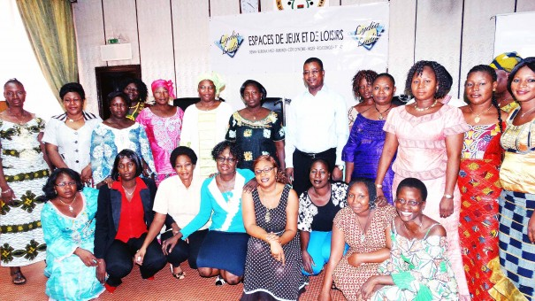 Les membres de l'AFELL lors de la conférence sur la santé