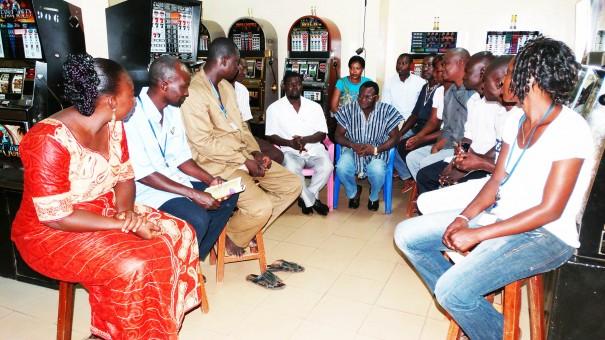 Échanges avec les représentants Lydia Ludic de la ville d'Ouahigouya