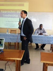 Alexandre QADER, Directeur Général de Lydia Ludic Togo, forme les étudiants de l'ESAG-NDE sur le thème du Leadership