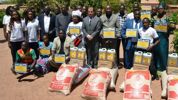 Les agents de Lydia Ludic Burkina Faso présentent leurs vœux à la Direction à Bobo-Dioulasso