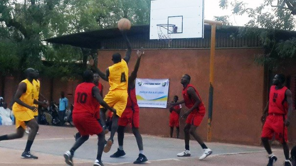 Lydia Ludic Niger a sponsorisé le Fire Basketball
