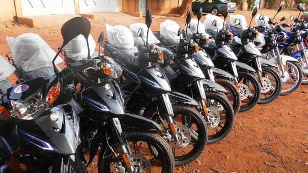 Lydia Ludic Burkina Faso a acquis de nouvelles motos à Bobo-Dioulasso