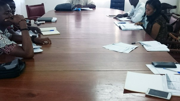 Les agents de Lydia Ludic Bénin pendant les cours de Mandarin