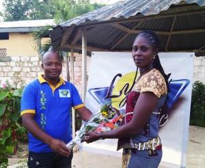 Lydia Ludic Bénin célèbre la Fête des Mères avec son personnel féminin