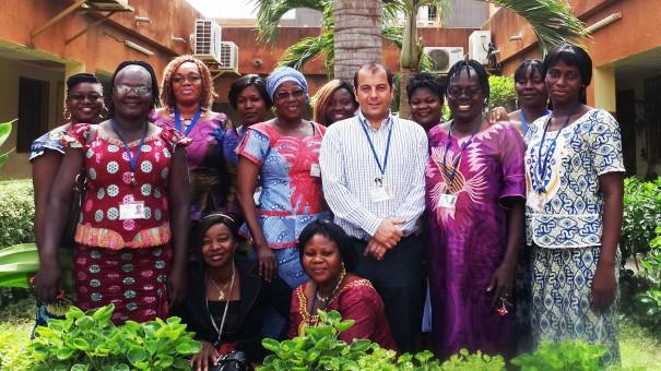 L'Association Féminine Espoir de Lydia Ludic Burkina Faso avec le Directeur Général M. Pierre-Michel PONS