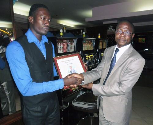 LAMBONI Tomoyi, un des employés du mois de mai de Lydia Ludic Togo