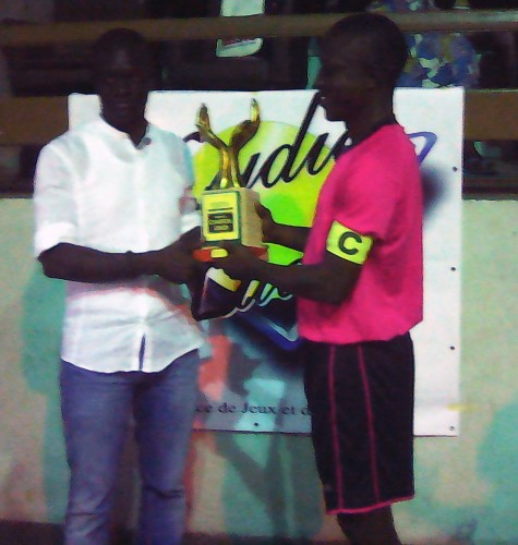 L'équipe SACR, sacrée Vice-Champion du Championnat National de Maracana Béninois