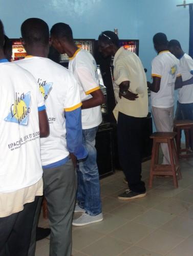 Animation Lydia Ludic Burkina Faso de l'Espace de Jeux et de Loisirs du quartier Paspanga, à Ouagadougou