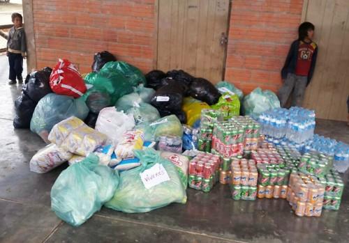 Los alimentos que Lydia Ludic Paraguay donó a la comunidad de los Manjuís que sufre hambruna