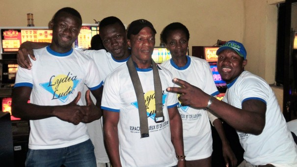 Animation Lydia Ludic Togo de l'Espace de Jeux et de Loisirs situé dans le bar partenaire Agbekoko, dans le quartier Bè Kpehenou de Lomé
