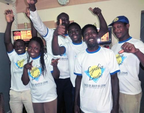 Animation Lydia Ludic Togo de l'Espace de Jeux et de Loisirs situé dans le bar partenaire Chic Adido, dans le quartier Adidogome de Lomé