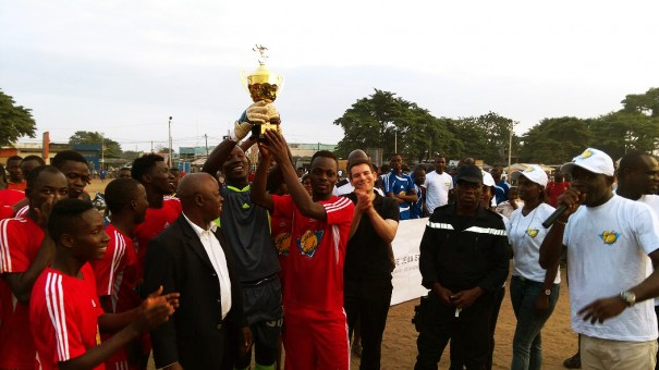 Les vainqueurs de la Coupe FRANCIS PEREZ spécial Koumassi, organisée par Lydia Ludic Côte d'Ivoire