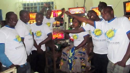Animation Lydia Ludic Togo de l'Espace de Jeux et de Loisirs situé dans le bar partenaire Chic Moderne, dans le quartier Adidogomé de Lomé