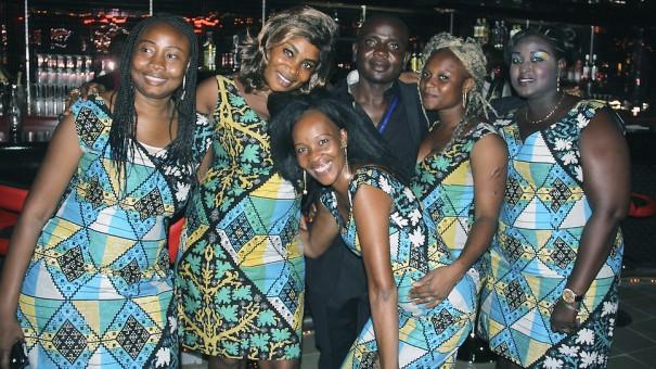 Les agents Lydia Ludic Niger du nouvel Espace Prestige Chauvignac à Niamey