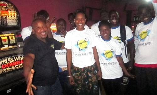 Animation Lydia Ludic Togo de l'Espace de Jeux et de Loisirs situé dans le bar partenaire Kunam, dans le quartier Aguiar Komé de Lomé