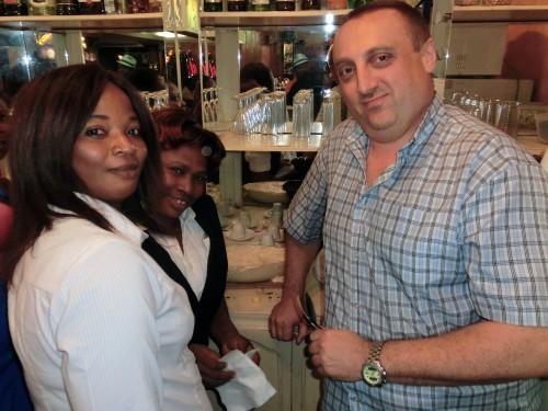 Lydia Ludic Togo a organisé une soirée gaufres pour ses clients de l'Espace Prestige Mozart, situé dans le quartier Assivito de Lomé