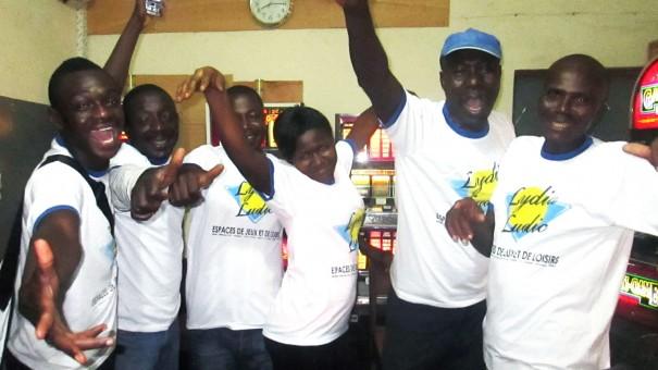 Animation Lydia Ludic Togo de l'Espace de Jeux et de Loisirs situé dans le bar partenaire Chic Adido, dans le quartier Adidogomé de Lomé