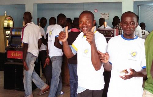 Moment de folie lors de l'animation Lydia Ludic Burkina Faso de son nouvel Espace de Jeux et de Loisirs dans la ville de Réo