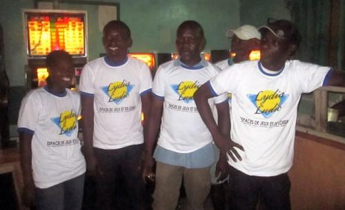 Animation Lydia Ludic Togo de l'Espace de Jeux et de Loisirs situé dans le bar partenaire Montécristo, dans le quartier Kodjoviakope de Lomé