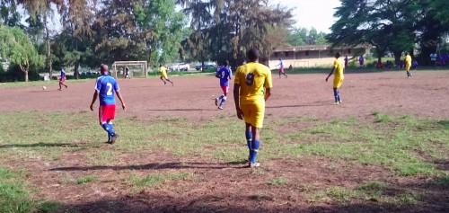 Football : les agents de Lydia Ludic Bénin avant leur premier match inter-entreprises