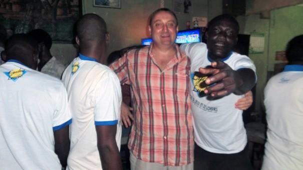Animation Lydia Ludic Togo de l'Espace de Jeux et de Loisirs situé dans le bar partenaire Dzinana, dans le quartier Bè Kpota de Lomé