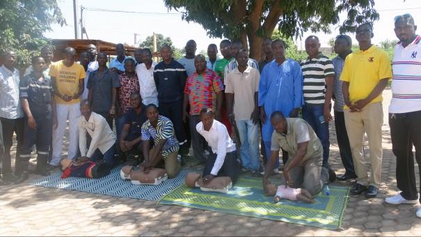 Lydia Ludic Burkina Faso a formé ses agents aux gestes de 1ers secours à Ouagadougou