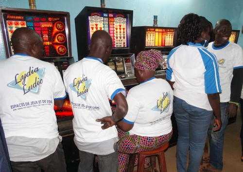 Animation Lydia Ludic Burkina Faso de l'Espace de Jeux et de Loisirs du quartier Koko de Bobo-Dioulasso
