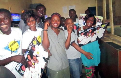Animation Lydia Ludic Togo de l'Espace de Jeux et de Loisirs situé dans le bar partenaire Routier dans le quartier Agoè Zongo de Lomé