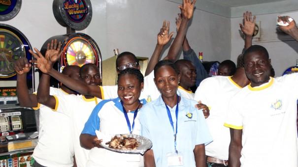 Lydia Ludic Burkina Faso a célébré la Saint-Sylvestre avec ses clients de l'Espace de Jeux et de Loisirs du quartier Tampouy, à Ouagadougou