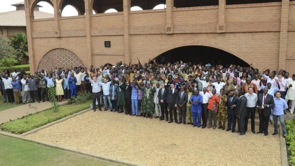 La famille Lydia Ludic Togo réunie à Lomé