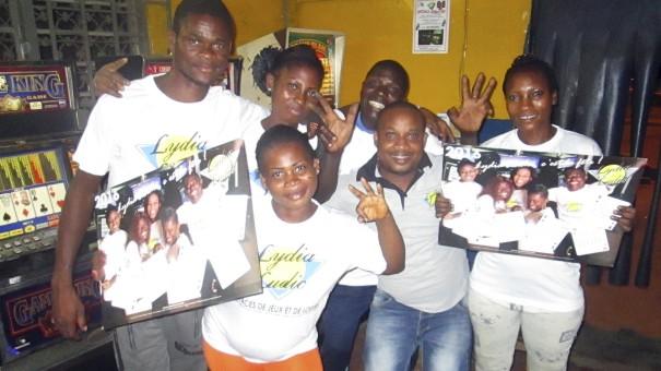 Animation Lydia Ludic Togo de l'Espace de Jeux et de Loisirs situé dans le bar partenaire Jeunesse dans le quartier Agoè de Lomé