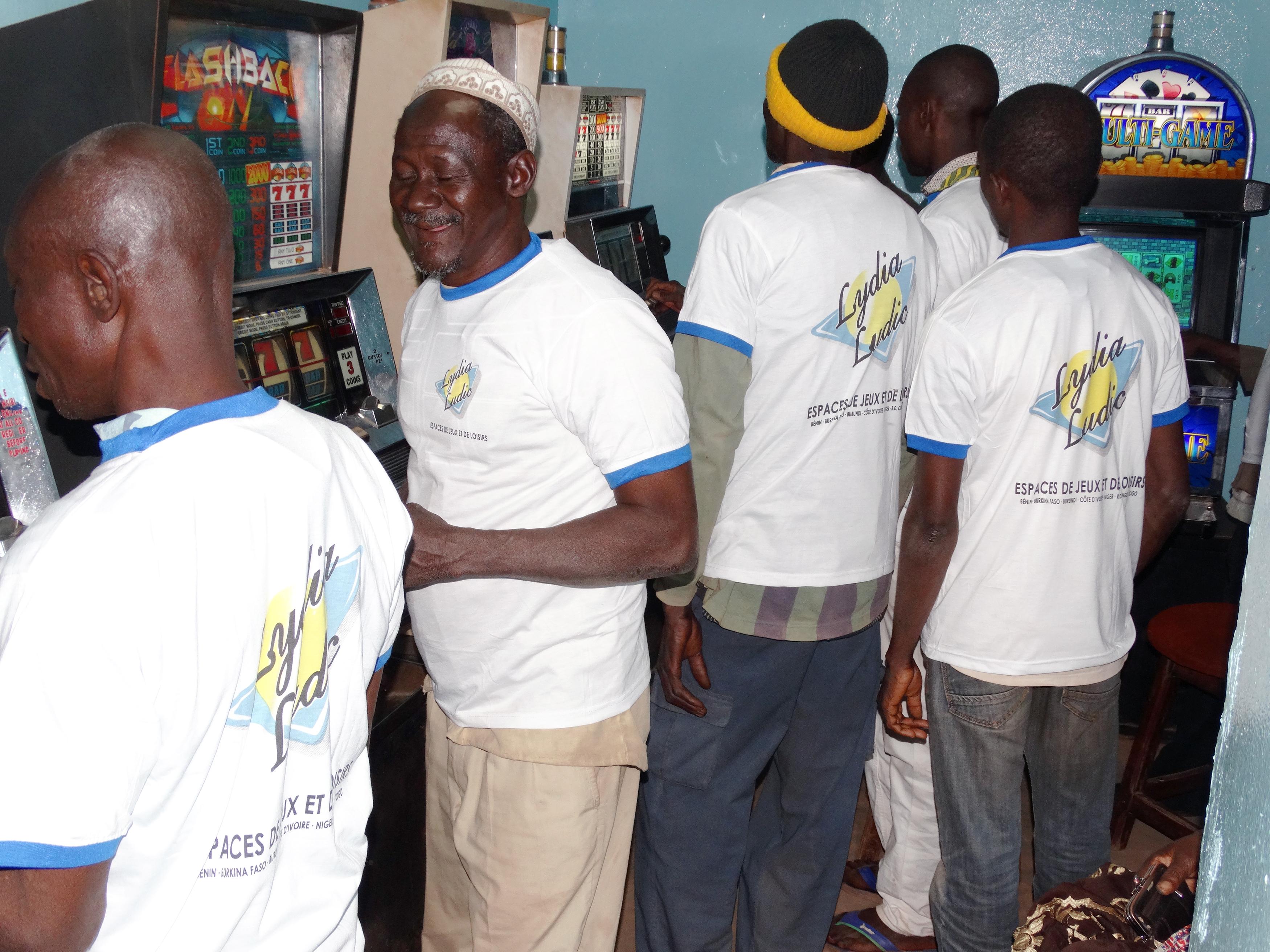 Animation Lydia Ludic Burkina Faso de l'Espace de Jeux et de Loisirs du quartier Bolmakoté de Bobo-Dioulasso