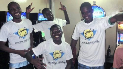Animation Lydia Ludic Togo de l'Espace de Jeux et de Loisirs situé dans le bar partenaire Biova dans le quartier Kagomé de Lomé