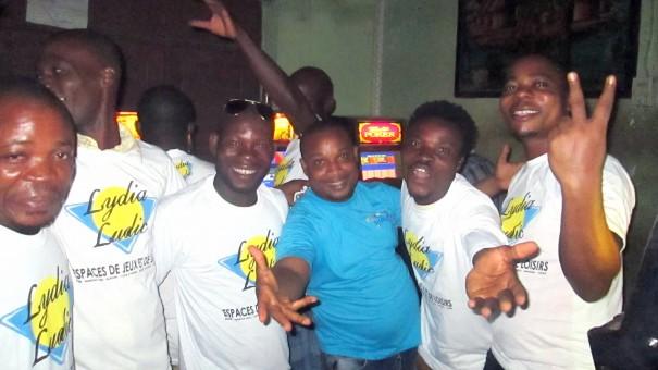 Animation Lydia Ludic Togo de l'Espace de Jeux et de Loisirs situé dans le bar partenaire Dzinana dans le quartier Bè Kpota de Lomé