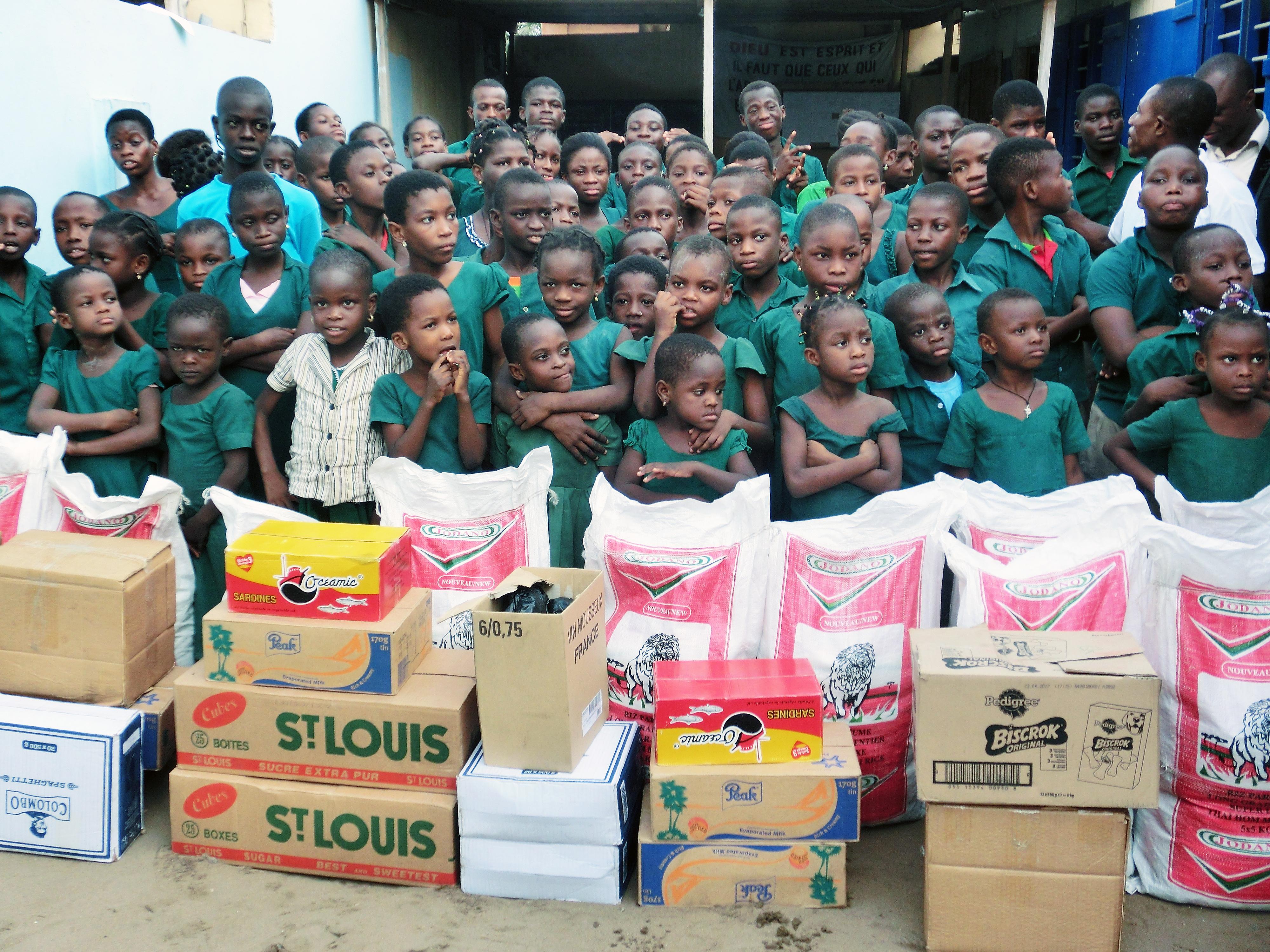 16-02-Lydia-Ludic-Togo-Lomé-CSR-Social-cantine-vivenda-ecole-sourds (1)