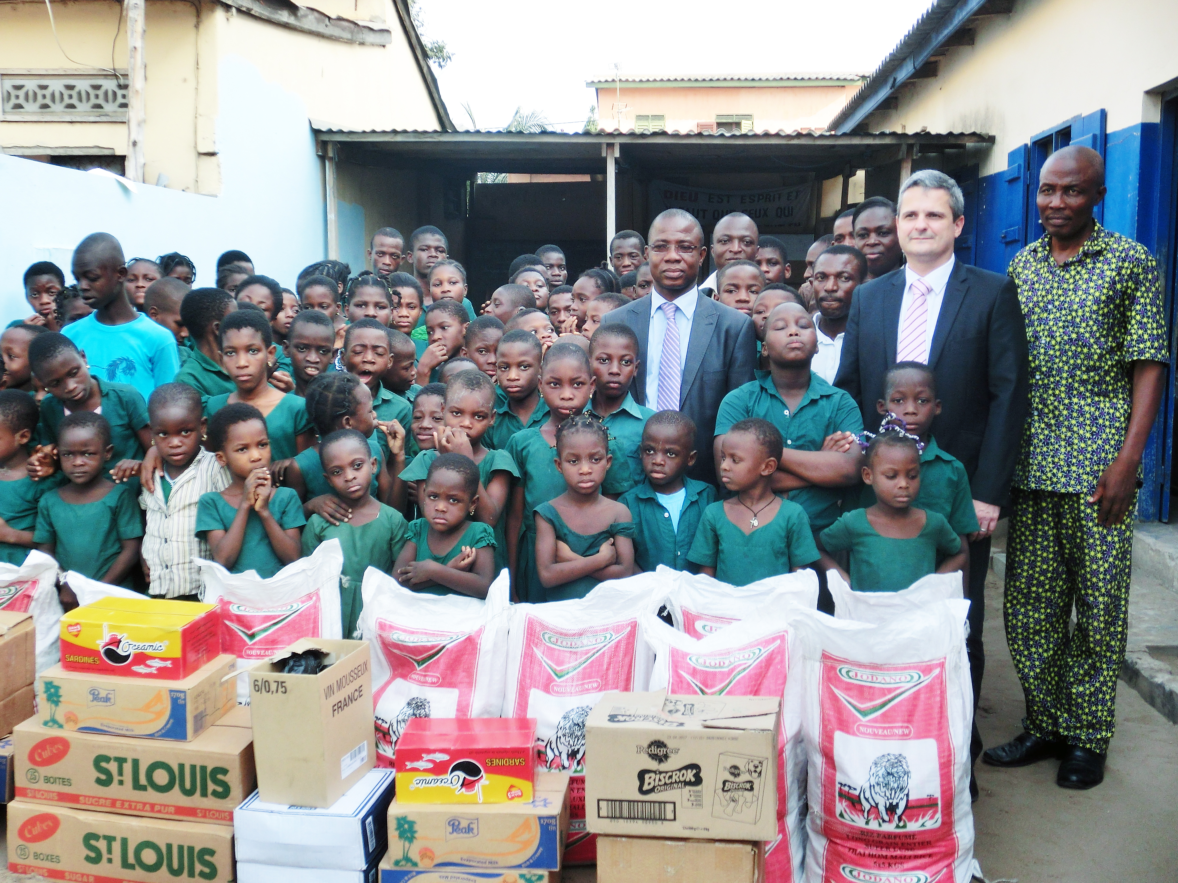 Lydia Ludic Togo a volé au secours d'une école d'enfants sourds à Lomé