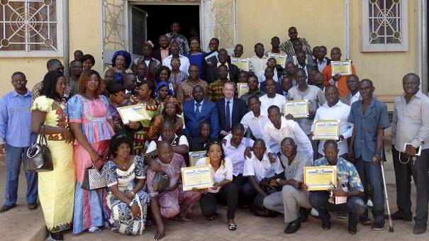 Les agents de Lydia Ludic Burkina Faso présentent leurs vœux à la Direction Générale de l'Ouest (Bobo-Dioulasso)