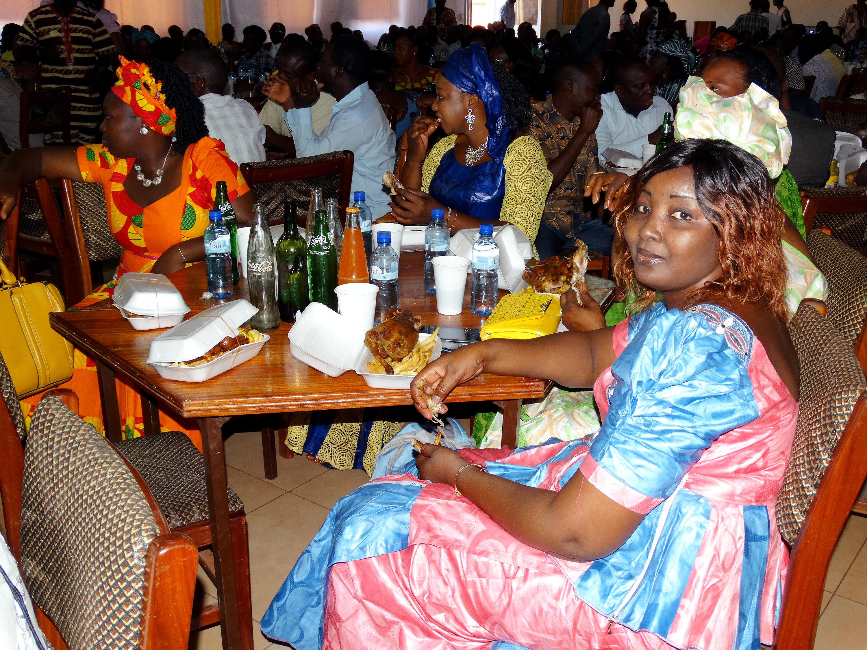 16-03-Lydia-Ludic-Burkina-Faso-Bobo-Dioulasso-CSR-interne-présentation-voeux (2)