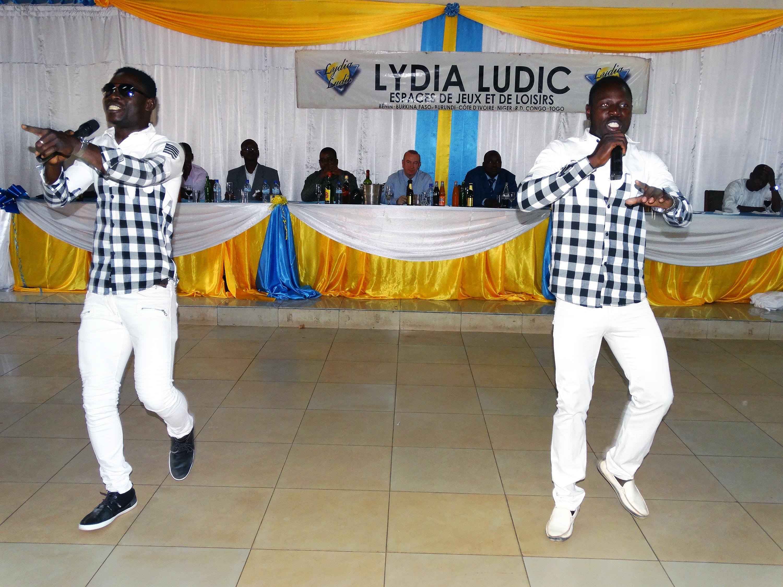 16-03-Lydia-Ludic-Burkina-Faso-Bobo-Dioulasso-CSR-interne-présentation-voeux (4)
