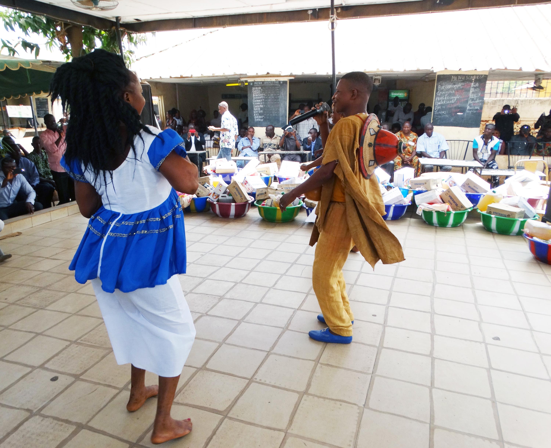 16-03-Lydia-Ludic-Burkina-Faso-Ouagadougou-CSR-interne-présentation-voeux (6)