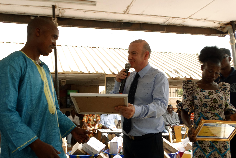 16-03-Lydia-Ludic-Burkina-Faso-Ouagadougou-CSR-interne-remerciements-retraités (2)