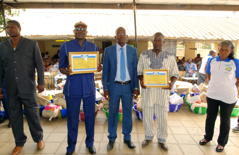 16-03-Lydia-Ludic-Burkina-Faso-Ouagadougou-CSR-interne-remerciements-retraités (6)
