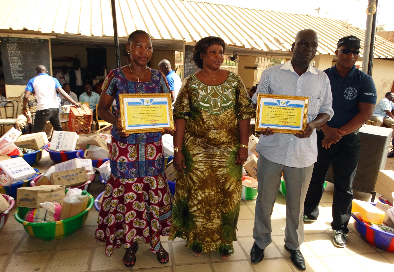 16-03-Lydia-Ludic-Burkina-Faso-Ouagadougou-CSR-interne-remerciements-retraités (7)