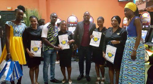 16-05-Lydia-Ludic-Cote-Divoire-Abidjan-CSR-Intern-Fete-des-meres (9)