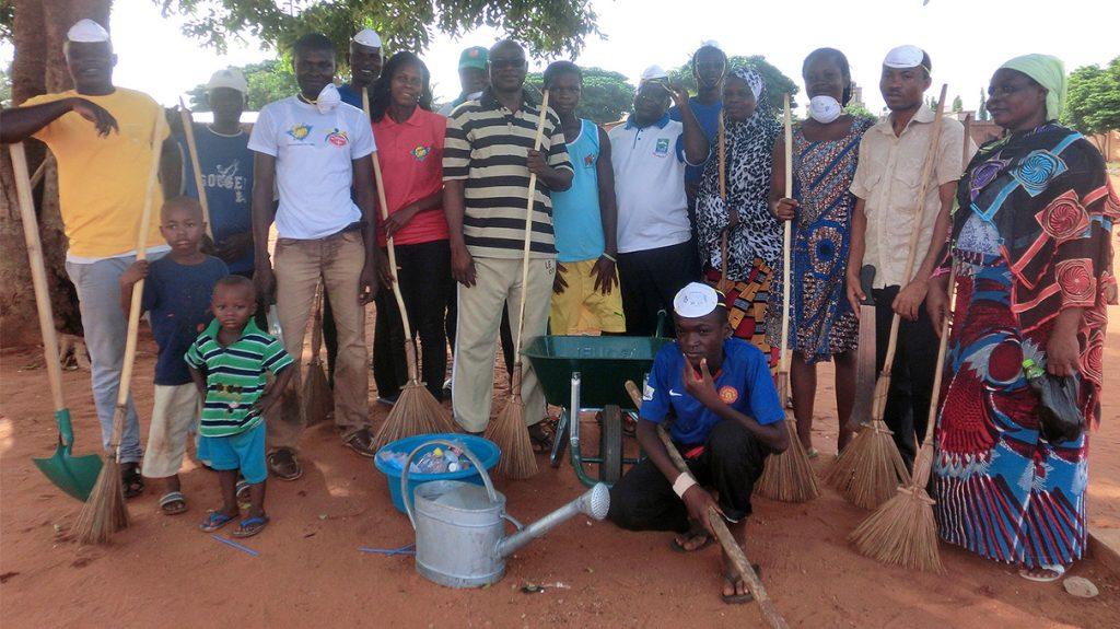 Lydia Ludic Togo a apporté son soutien à l'action environnementale de l'association Culture Plus, dans la ville d'Attiégou